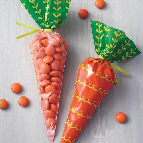 Süßigkeitentütchen in Karottenform 15 St.