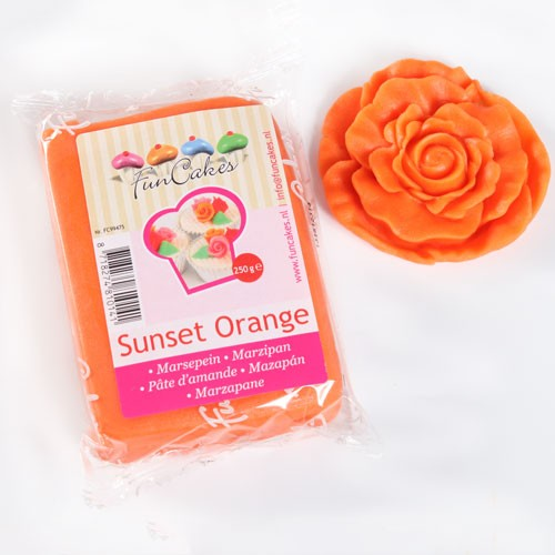 Marzipan orange 250 g